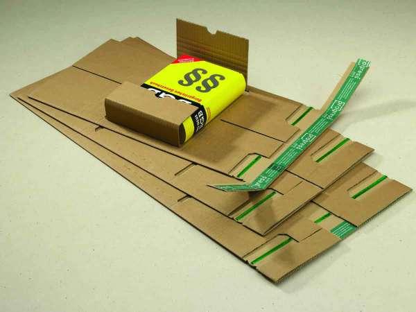 Buchverpackung progress PREMIUM mit zentraler Packgutaufnahme und seitlichen Schutzlaschen aus doppelter Wellpappe