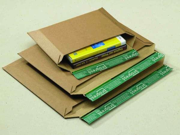 Versandtaschen aus Wellpappe mit praktischer Querbefüllung